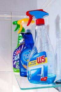alat kebersihan rumah cairan pembersih
