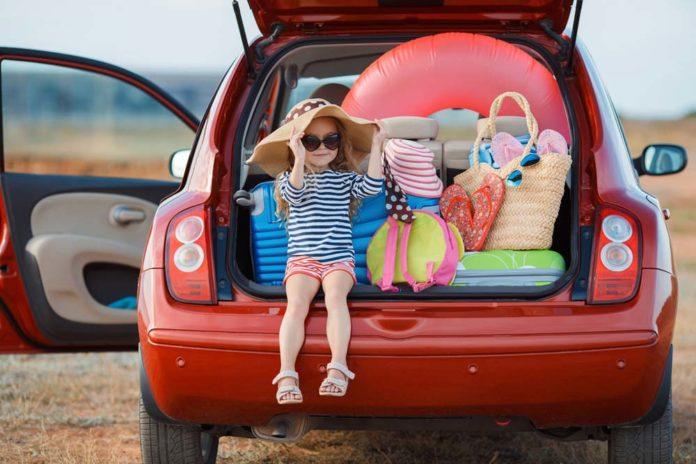 perlengkapan bayi saat perjalanan