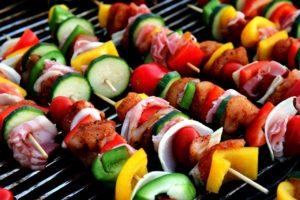 makanan untuk pesta di rumah