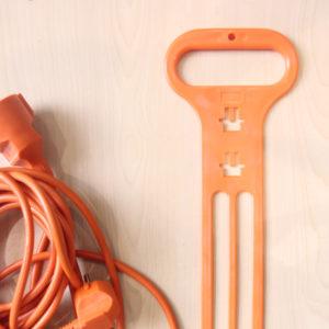 Menggunakan Pengikat Kabel Agar Kabel Awet