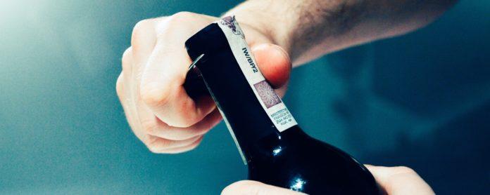jenis alat pembuka botol