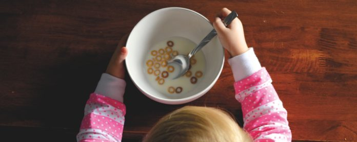 Perlengkapan Makan yang Aman untuk Anak