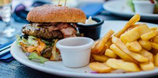 8 Makanan yang Benar-Benar Menyebabkan Kanker