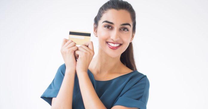 Anda Termasuk Beruntung Jika Punya 6 Kartu Debit/Kredit Ini