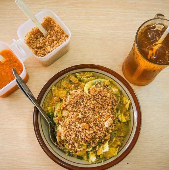 kombinasi menu buka puasa soto dan teh