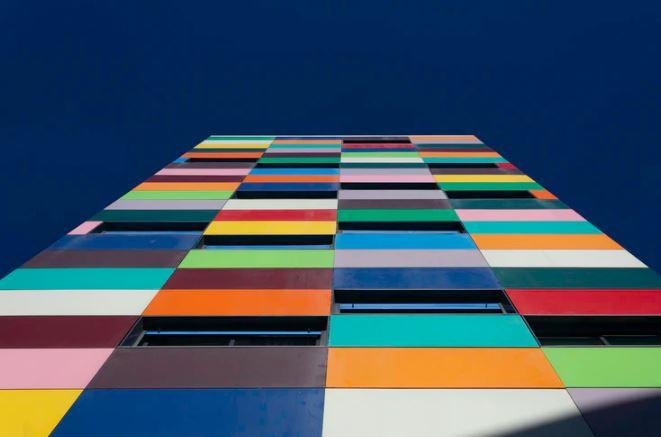 bangunan berwarna
