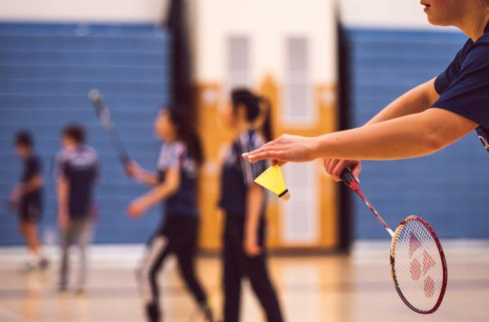 olahraga di rumah badminton