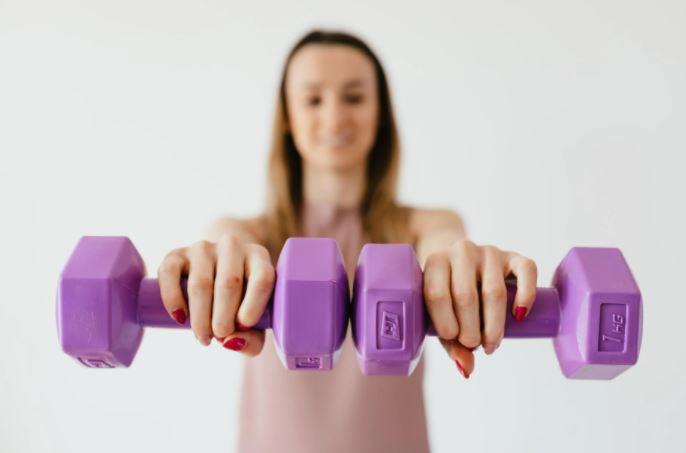 olahraga di rumah latihan otot