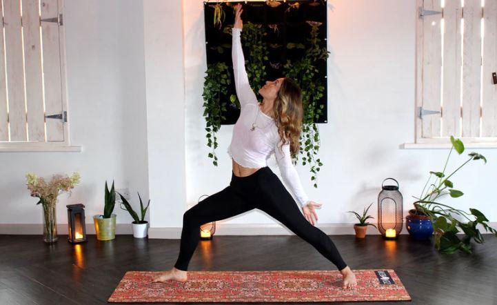 olahraga di rumah yoga