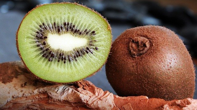 Kiwi buah sumber vitamin c