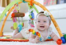 mainan dan bayi