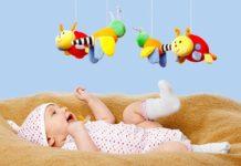 memilih mainan bayi