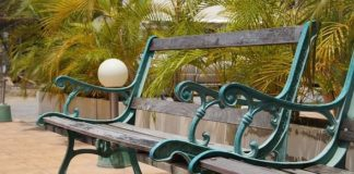 model kursi taman dari besi