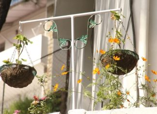 rak pot bunga dari besi