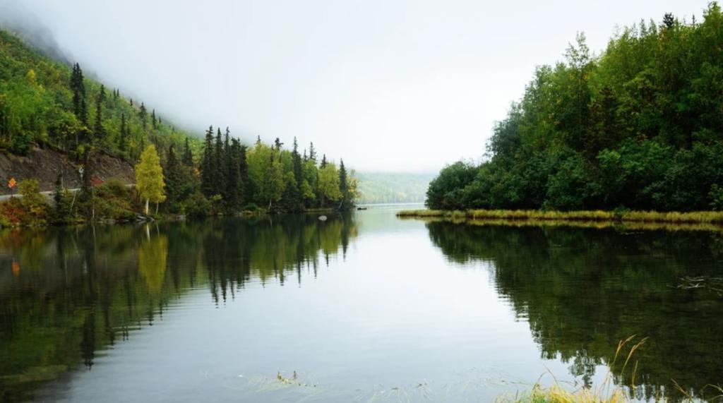 Sungai sebagai area menyimpan luapan air