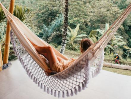 13 ide desain rumah tropis modern | blog ruparupa