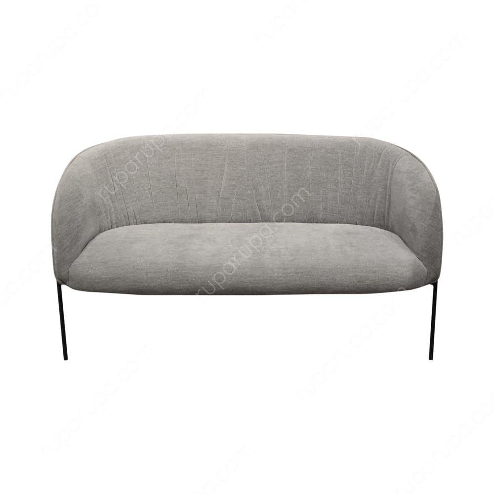 Sofa abu-abu