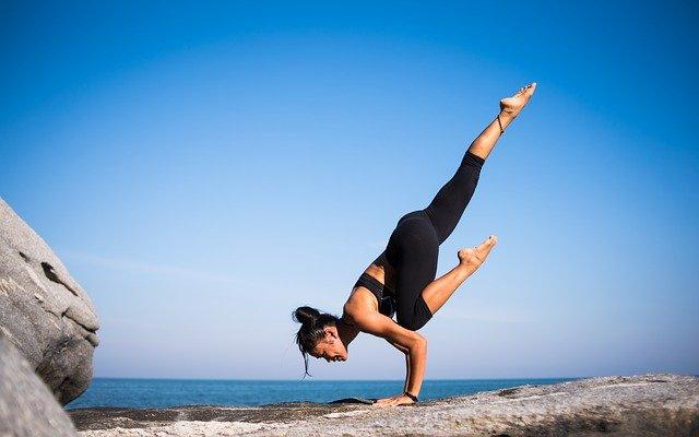 Cara menurunkan berat badan saat puasa dengan berolahraga