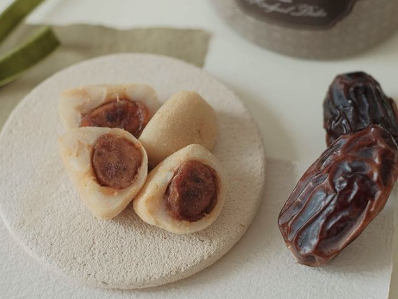 mochi with dates flavor