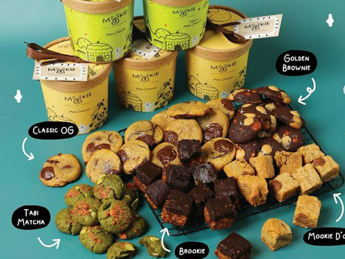 parcel lebaran berisi cookies