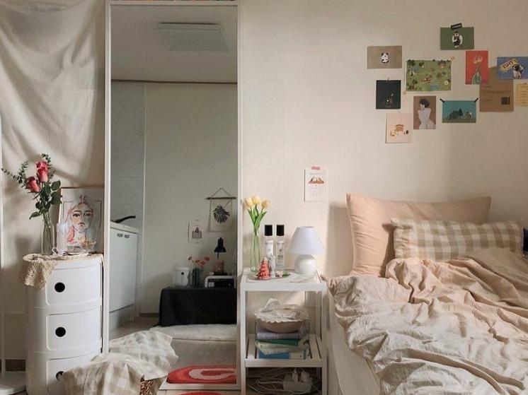 cermin panjang untuk kamar lebih aesthetic