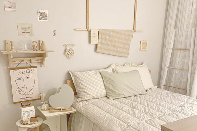 dekorasi untuk kamar korea yang aesthetic