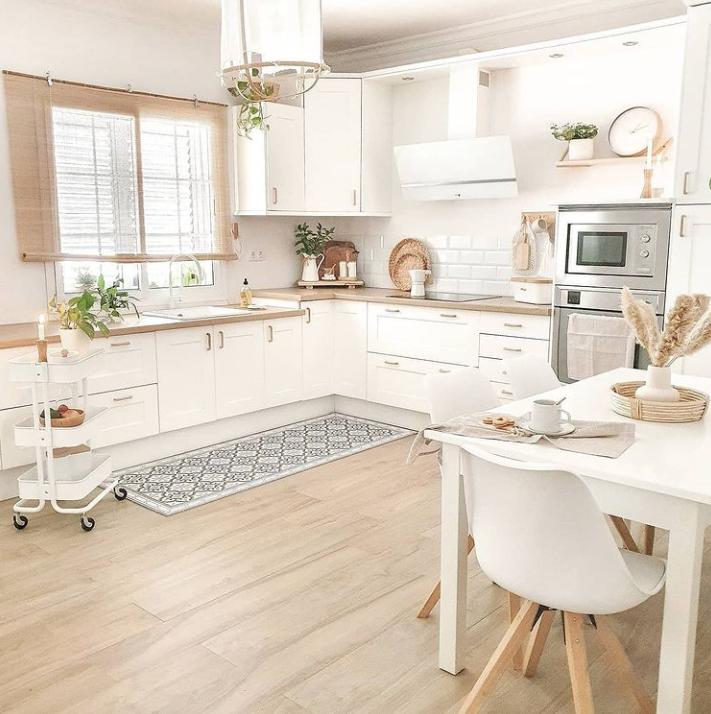 dapur scandinavian warna putih