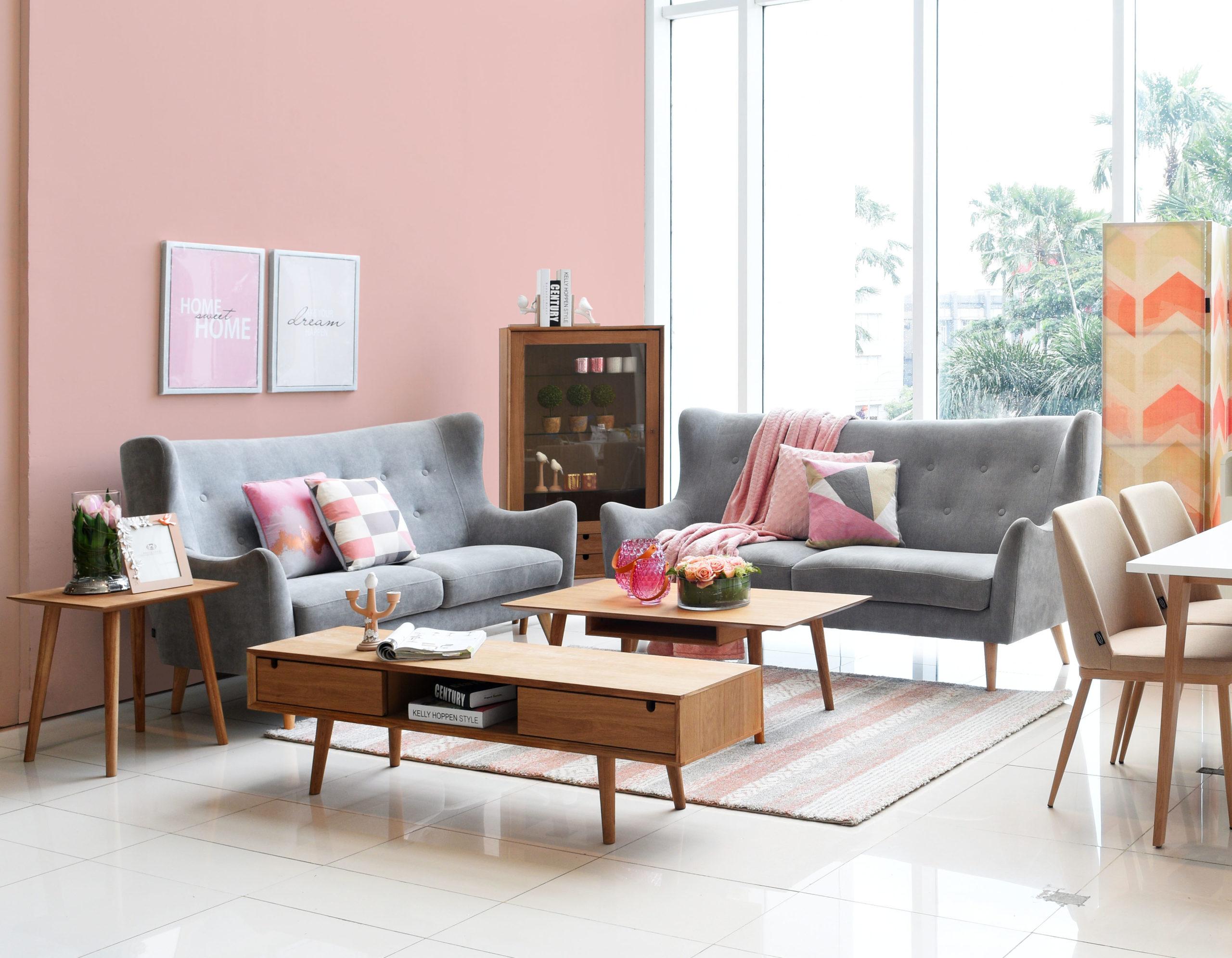 pink house paint color