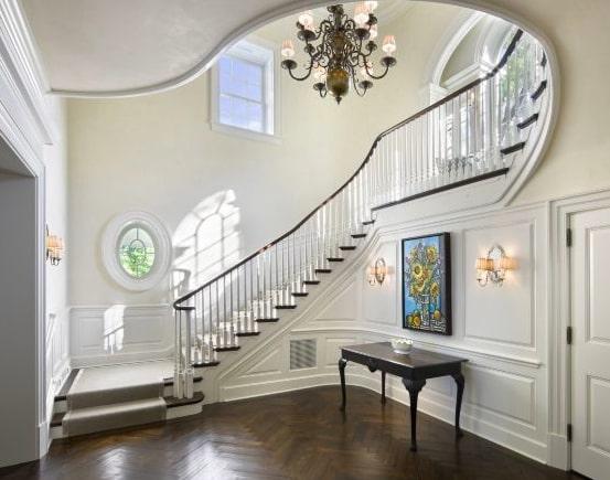 tangga kayu belok