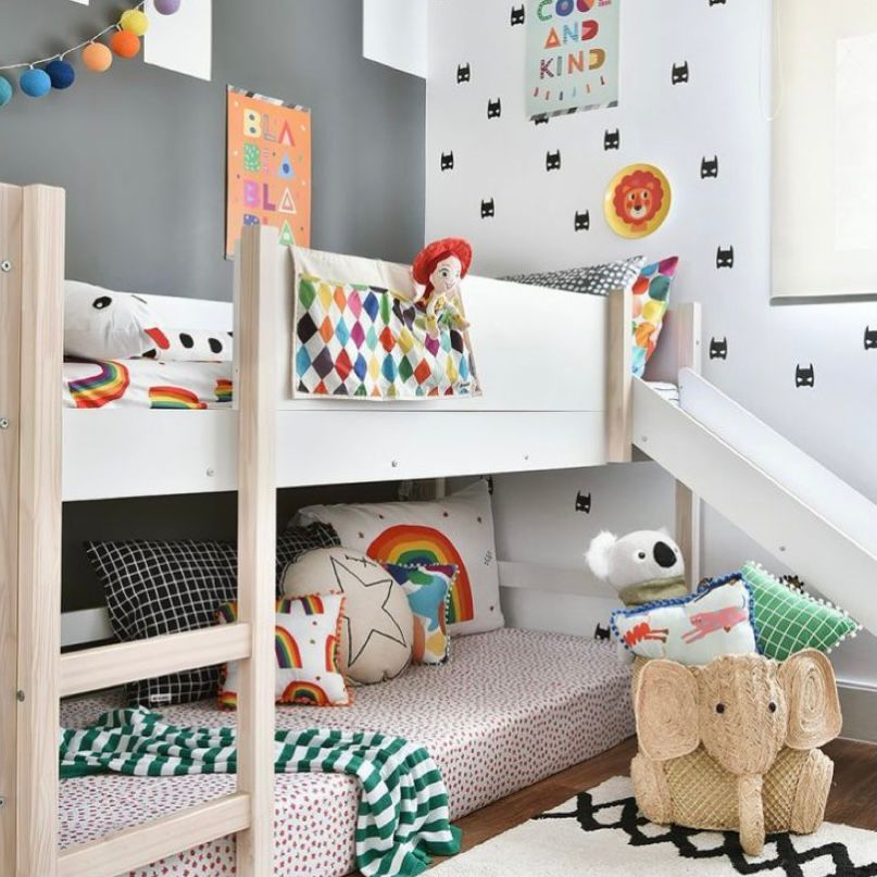 kamar anak tema toy story