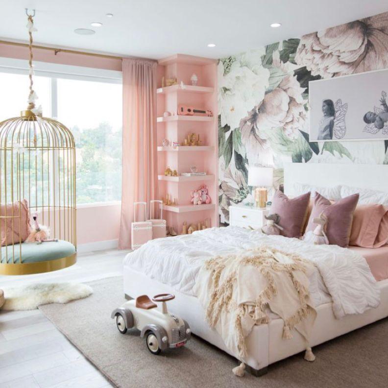 Desain menawan dengan wallpaper bunga