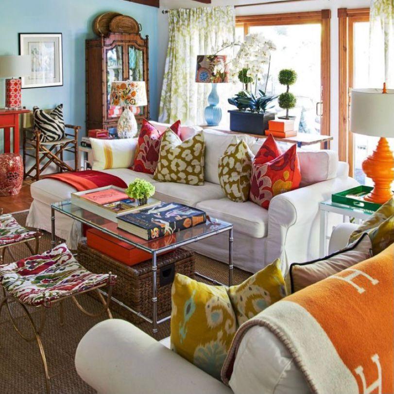 Ruang tamu vintage dengan kesan menyenangkan