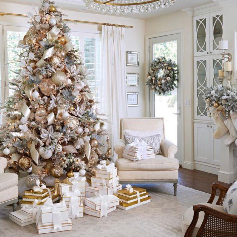 dekorasi natal Perpaduan putih, gold, dan rose gold