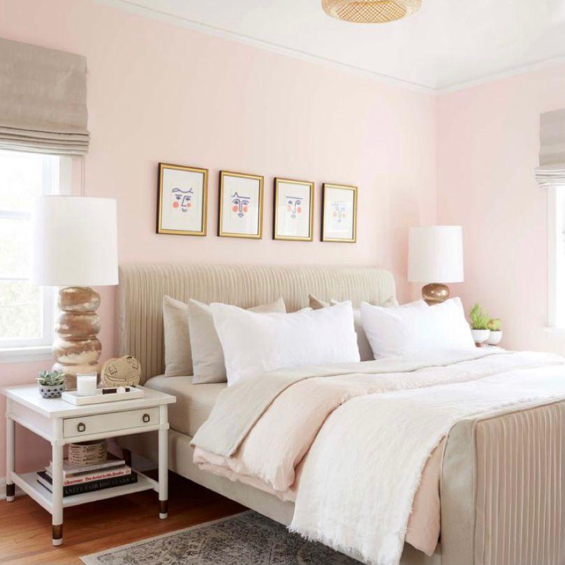 kamar pink sederhana dan lembut