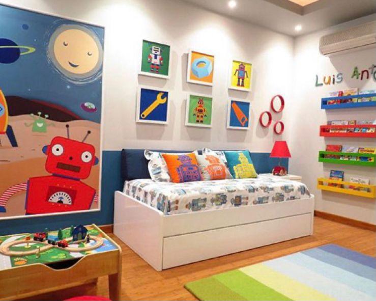 kamar anak laki-laki tema robot