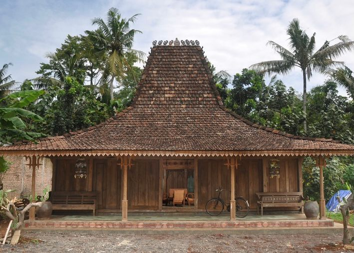DI Yogyakarta - Rumah Joglo