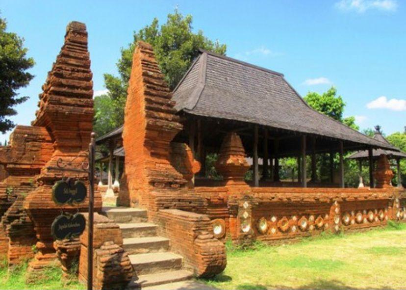 Jawa Barat - Rumah Kasepuhan