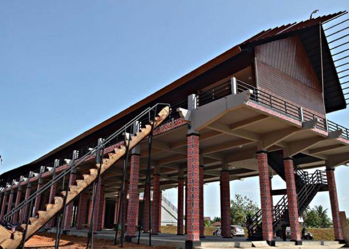 Kalimantan Barat Rumah Panjang
