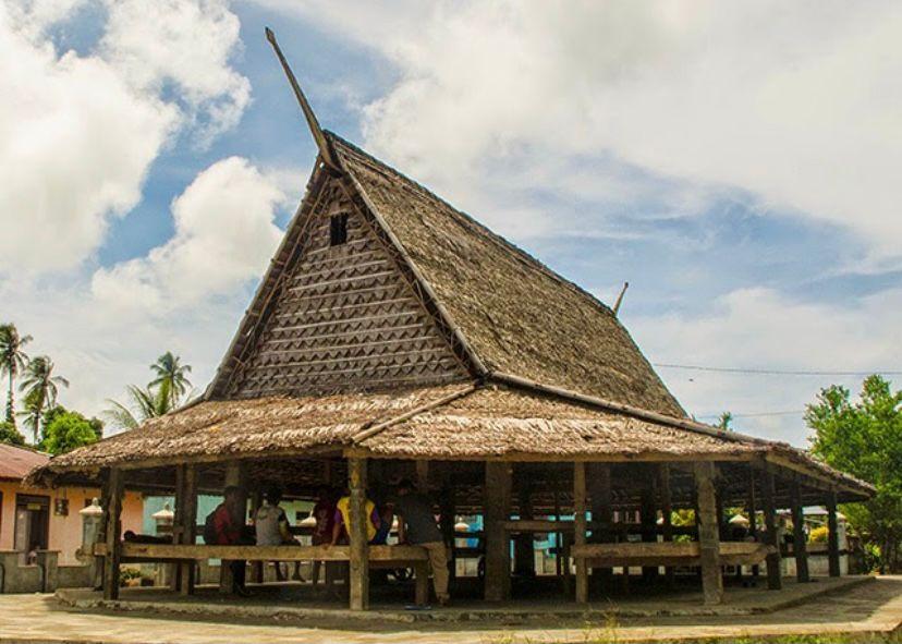 Maluku Utara - Rumah Sasadu