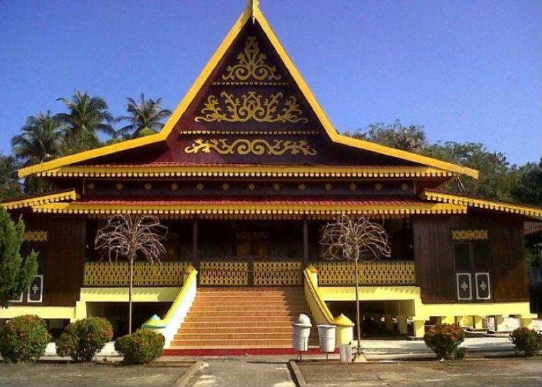 Riau - Rumah Adat Selaso Jatuh