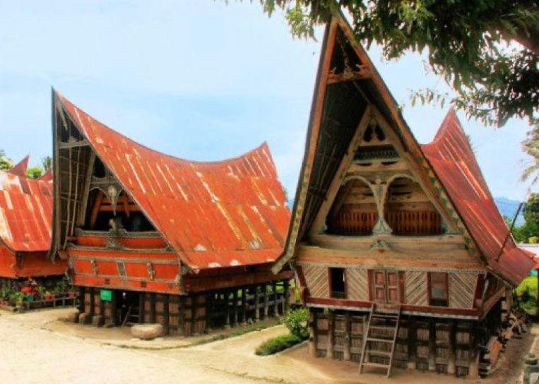 Rumah Bolon Sumatera Utara