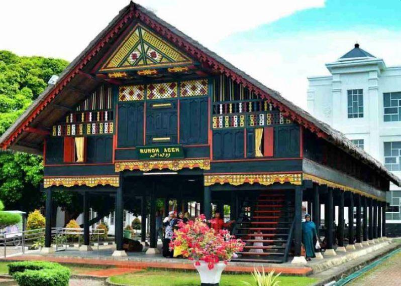 Rumah Krong Bade Aceh