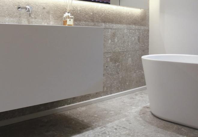Jenis keramik kamar mandi timbul