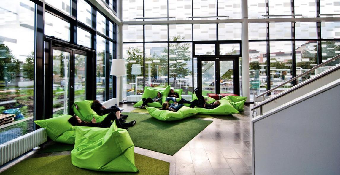 Tips menata ruang kantor yang santai