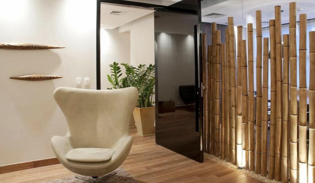 penyekat ruang tamu dengan bambu