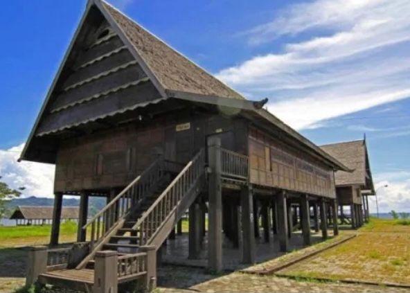 Sulawesi Barat - Rumah Boyang
