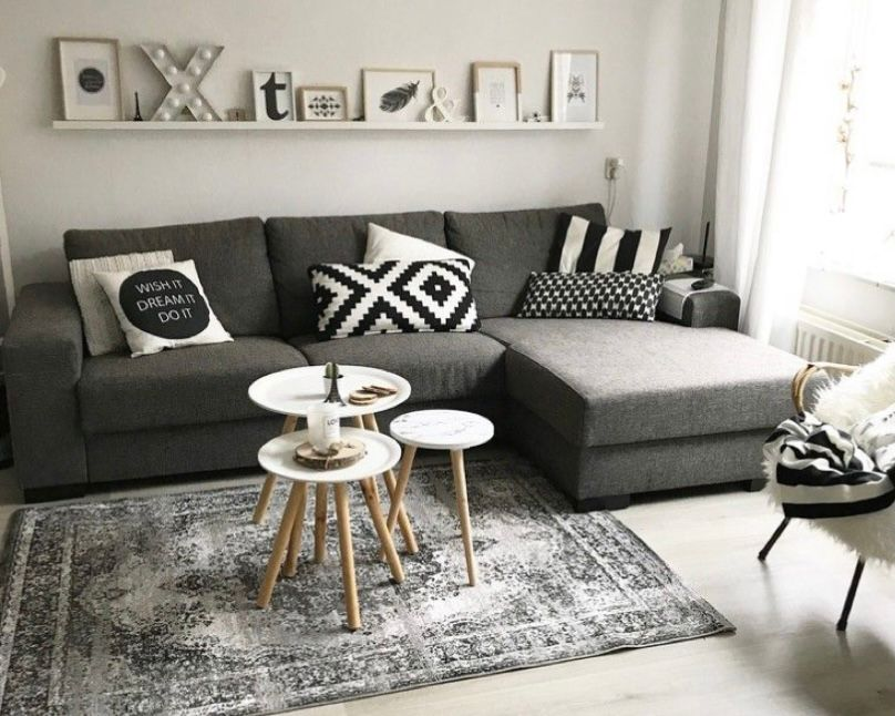 ruang tamu minimalis abu-abu yang aesthetic